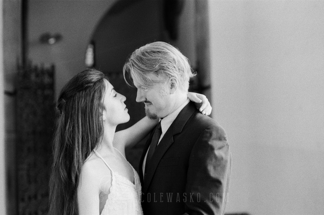 Black and White film Illford XP2 400 35mm wedding photography