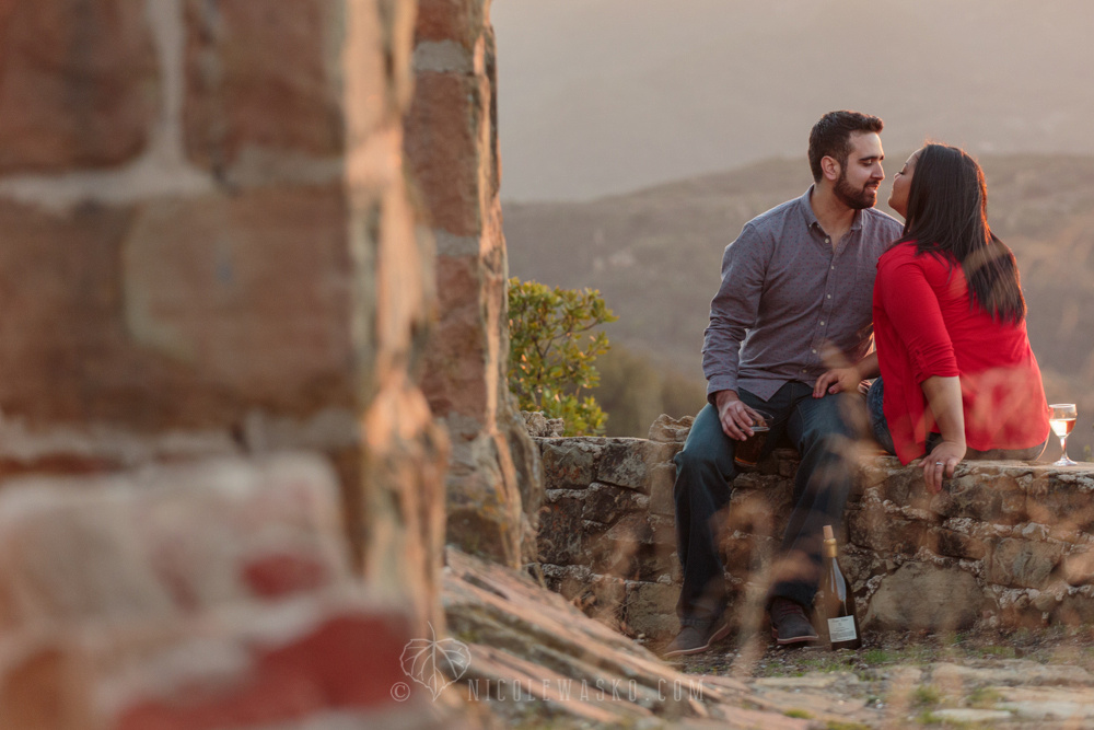 Engagement session at Knapps Castle